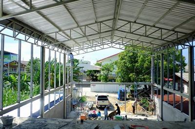 งานติดตั้งบานเกล็ดเมทัลชีทระบายอากาศ ก่อสร้างโกดัง (3)