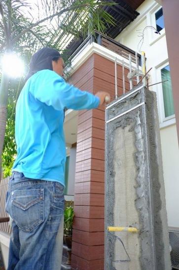งานเทพื้น ซ่อมรั้วทรุดเอียง (4)_resize
