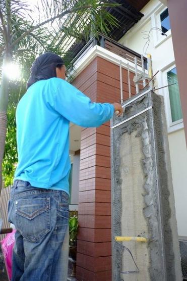 งานเทพื้น ซ่อมรั้วทรุดเอียง (5)_resize