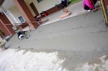 เทพื้นงานซ่อมรั้วทรุดกำแพงเอียง (3)