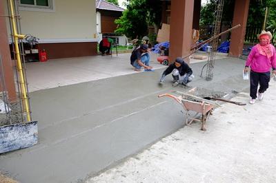 เทพื้นงานซ่อมรั้วทรุดกำแพงเอียง (4)