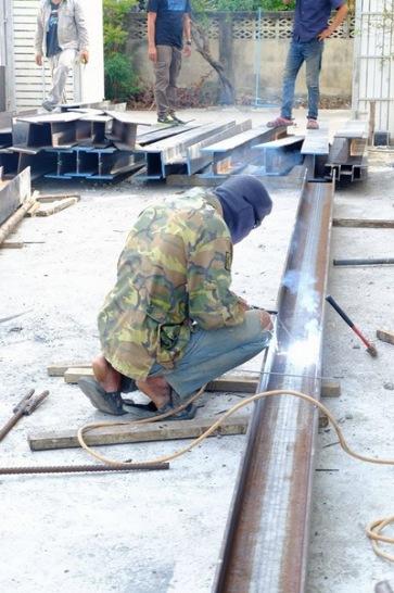 ก่อสร้างบ้านโครงสร้างเหล็ก (1)