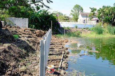 ก่อสร้างเขื่อนกำแพงกันดิน (12)