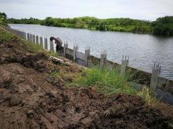 เสียบแผ่นเพื่อก่อสร้างกำแพงกันดิน (6)